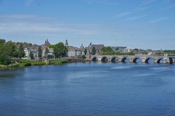 Afbeelding van Maastricht, hoofdstad van de Nederlandse provincie Limburg. Ter illustratie bij artikel over leuke Limburgse uitspraken.