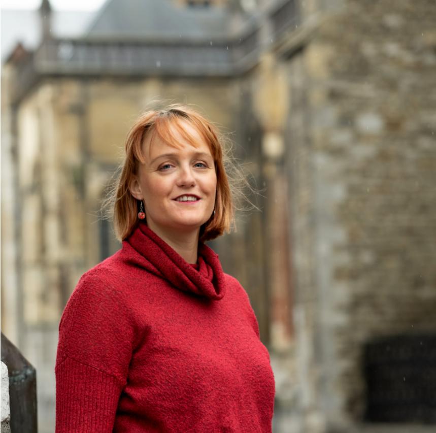 Lisa Berlang, tekstschrijver Zuid-Limburg voor bij st. Servaas Maastricht